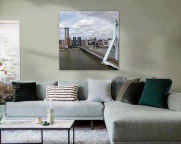 Erasmusbrug Rotterdam (vierkant - kleur) van Rick Van der Poorten