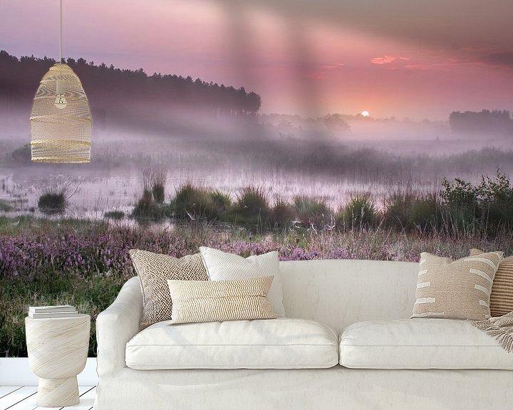 Sfeerimpressie behang: Zonsopkomst op de Teut in Limburg van Peschen Photography