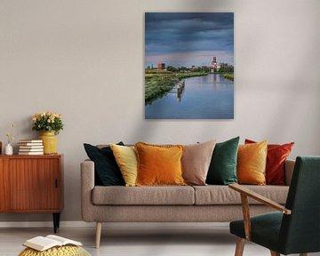 Vue de la capitale frisonne, Leeuwarden, dans le soleil du soir.