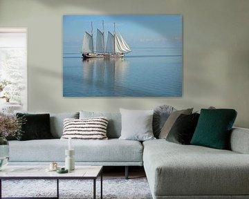 Zeilboot op Ijsselmeer van Remco Swiers