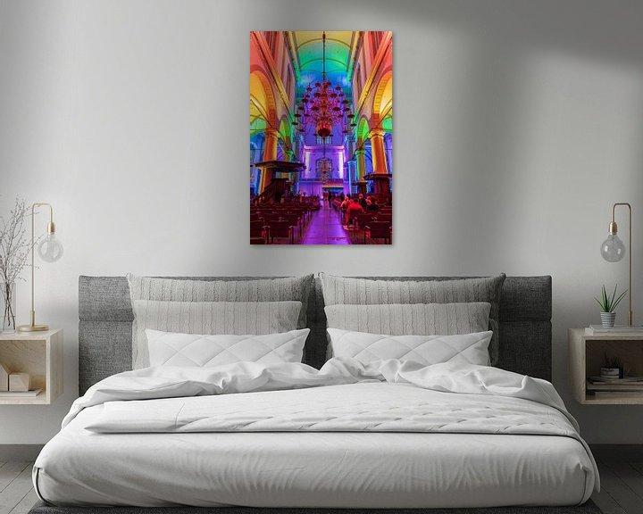 Sfeerimpressie: Regenboogverlichting in de Amsterdamse Westerkerk van Jeroen de Jongh