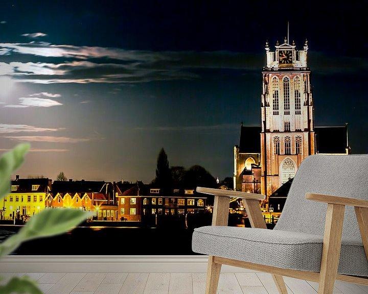 Sfeerimpressie behang: Grote Kerk Dordrecht bij nacht van Sonia Alhambra Mosquera