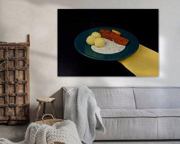 Filet de colin pané avec pommes de terre et sauce à l'aneth sur Babetts Bildergalerie