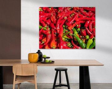 Rode pepers op de wekelijkse markt van Animaflora PicsStock