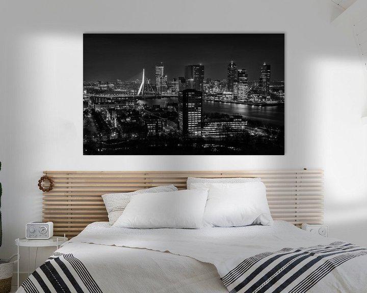 Sfeerimpressie: Skyline Rotterdam 2014 in Zwart-Wit van Mark De Rooij
