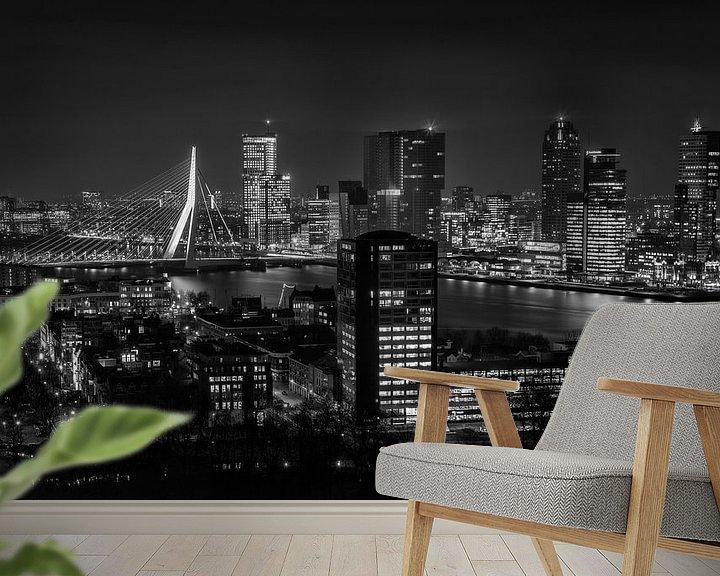 Sfeerimpressie behang: Skyline Rotterdam 2014 in Zwart-Wit van Mark De Rooij