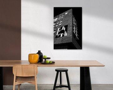 Architektur Doornroosje Gebäude Nijmagen in schwarz und weiß von Marianne van der Zee