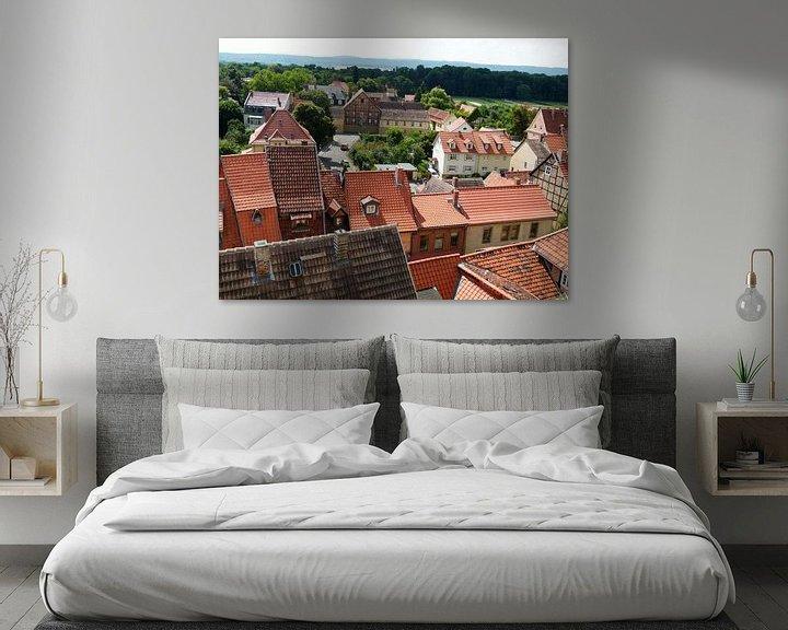 Sfeerimpressie: Dorp met smalle huisjes van Jaap Mulder