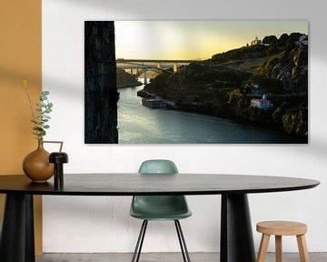 Zonsopkomst vanaf de Ponte Luis I in Porto van Jessica Lokker