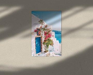 Blauwe Deur in Santorini van Patrycja Polechonska