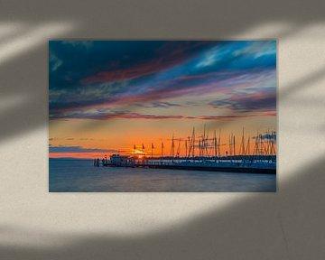Een zonsondergang in Nonnenhorn van Henk Meijer Photography