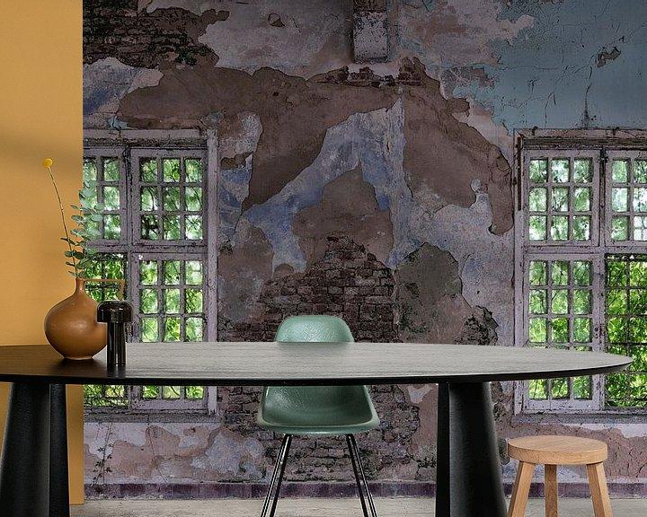 Sfeerimpressie behang: Oude Vensters van Maikel Brands