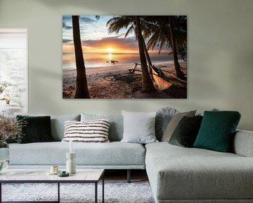 Coucher de soleil sur la plage de l'île de Siquijor, aux Philippines. Avec le bateau Bangka sur Daniel Pahmeier
