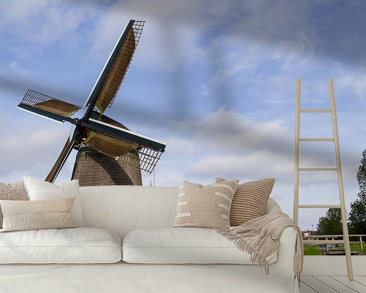Sfeerimpressie behang: A Dutch windmill van Brian Morgan