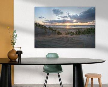 Zonsondergang in de duinen sur Remco Swiers