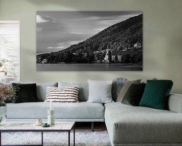 De Tegernsee in zwart-wit