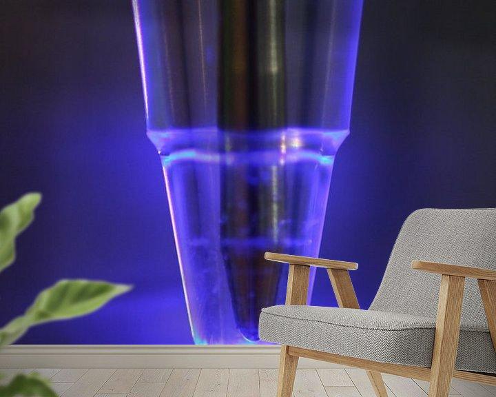 Sfeerimpressie behang: Blauw licht van Frederique Richard