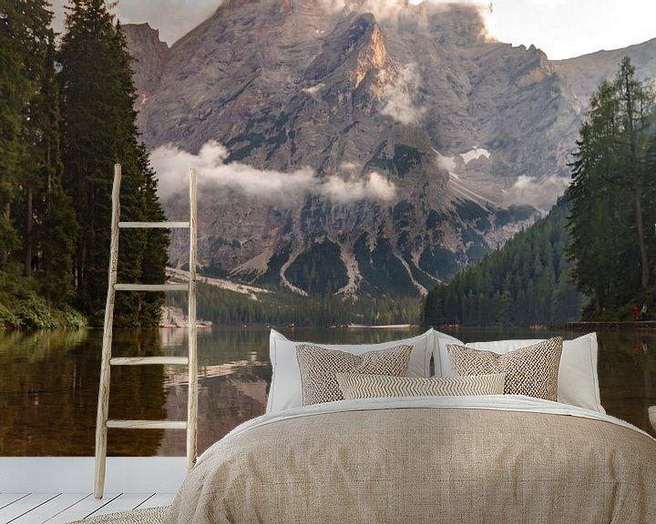 Impression: Lago di Braies dans les Dolomites. sur Menno Schaefer
