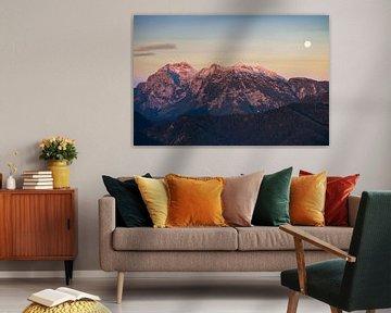 Maansondergang bij zonsopgang in Berchtesgadener Land van Christian Peters