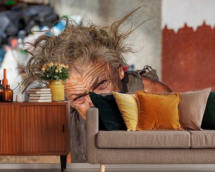 Sfeerimpressie behang: Oude vrouw met ogen die door je heen kijken van 2BHAPPY4EVER.com photography & digital art