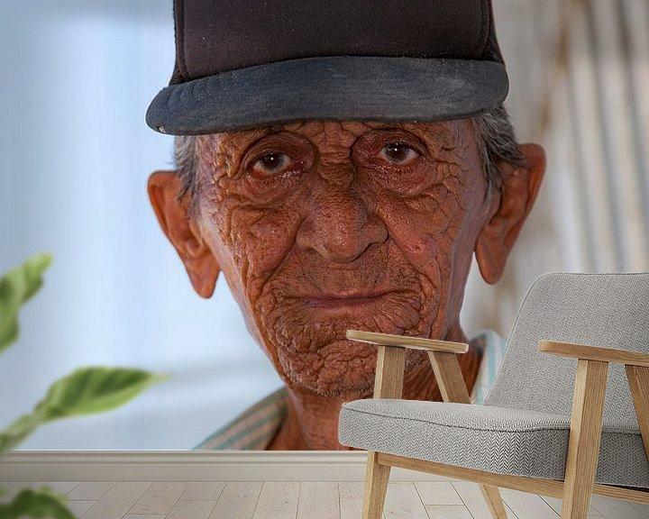 Sfeerimpressie behang: Getekende man met pet van 2BHAPPY4EVER.com photography & digital art