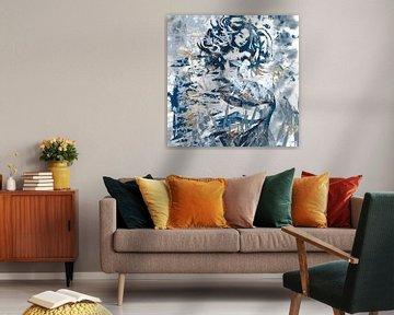 Abstraktes Kunstwerk Meerjungfrau in blauem Holz und weiß von Wanddecoratie