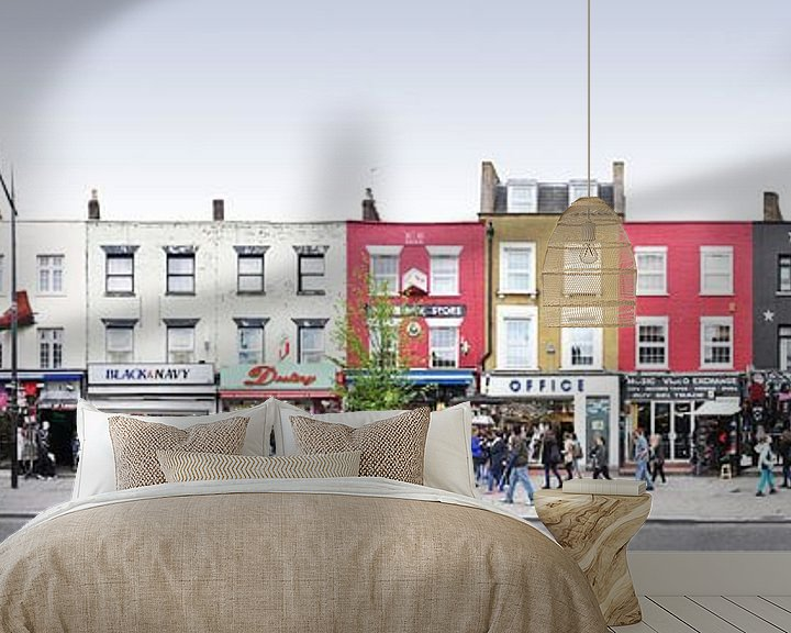 Sfeerimpressie behang: London Camden Market Panorama van Panorama Streetline