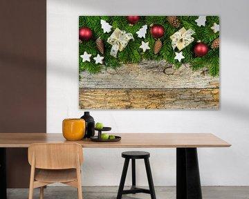 Kerstmis houten achtergrond met kerstcadeaus van Alex Winter