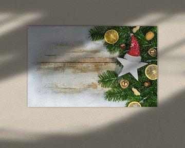 Weihnachten Hintergrund mit Schnee Grenze, Stern Form mit Weihnachtsmann-Mütze von Alex Winter