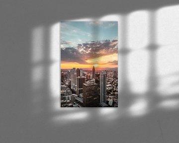 Frankfurt skyline van boven - zonsondergang van Fotos by Jan Wehnert