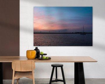 Sommerabend auf dem Wasser, Haringvliet Hellevoetsluis von Marjolein van Middelkoop