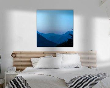 Morgenlicht in den Bergen bei Chamonix, Frankreich.