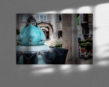 Gellert hotel in Boedapest met de waterbron voor de deur van Eric van Nieuwland