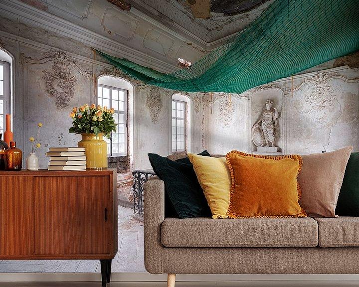 Sfeerimpressie behang: Verlaten Trap in Balzaal. van Roman Robroek