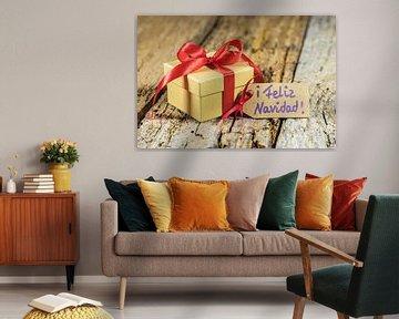 Cadeau de Noël avec tag texte espagnol, Feliz Navidad sur Alex Winter
