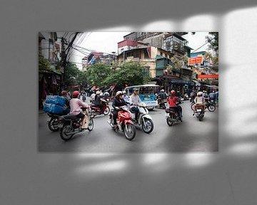 Straatbeeld in Hanoi, Vietnam van Arie Storm