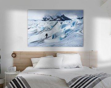 Wandelen over de ruige Perito Moreno gletsjer in Argentinië van Shanti Hesse