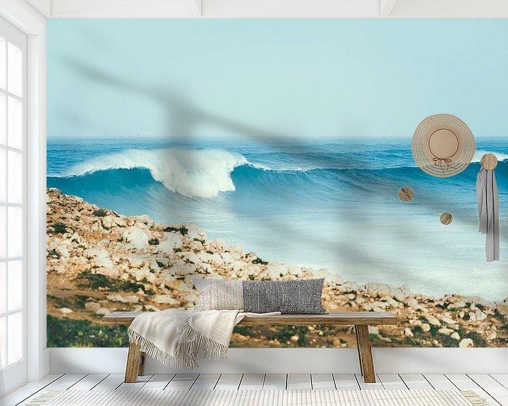 Beispiel fototapete: Große Welle bricht sich an der Westküste von Portugal von Shanti Hesse