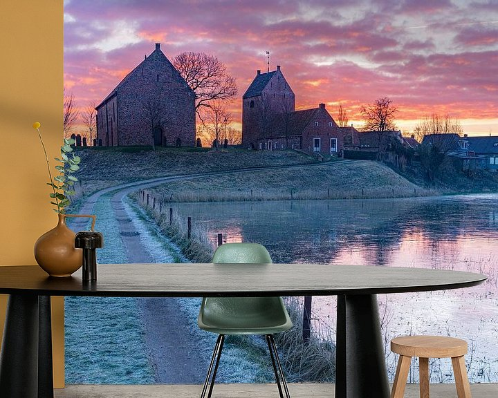 Sfeerimpressie behang: Een koude ochtend in Ezinge van Ron Buist