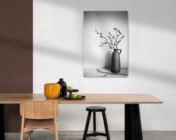 Vase in Schwarz und Weiß von Mei Bakker