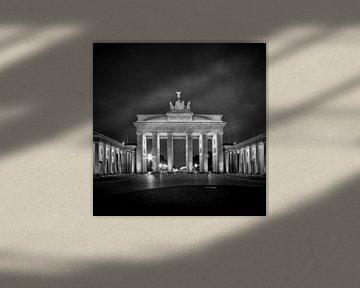 Brandenburger Tor BERLIN sw von Melanie Viola