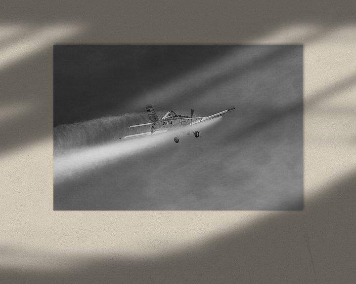 Beispiel: PZL-106 Kruk im Einsatz in schwarzweiß von Tilo Grellmann | Photography