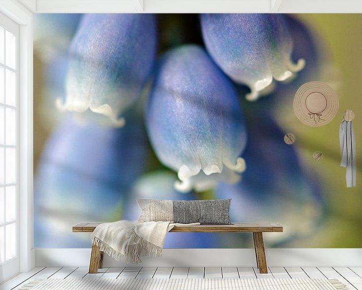 Sfeerimpressie behang: Blauwe druifjes van Jessica Berendsen