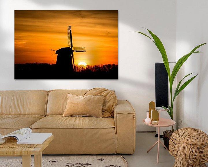 Sfeerimpressie: zonsopkomst met oude molen 01 van Arjen Schippers