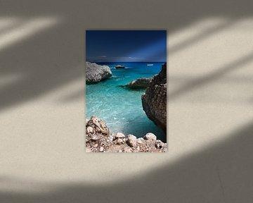Paradijselijk strand van Mark Leeman