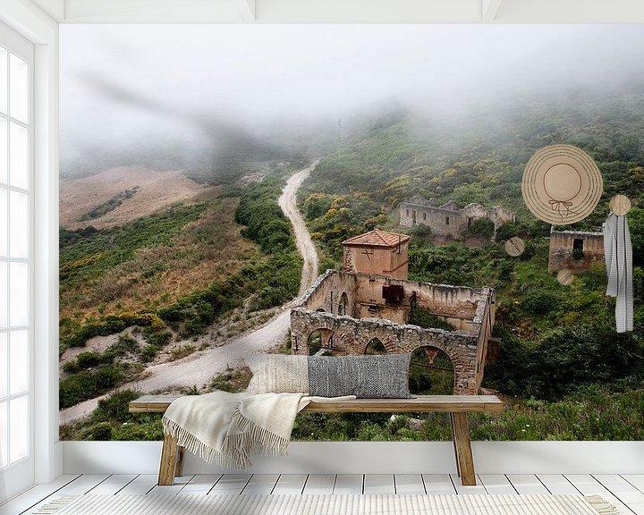 Sfeerimpressie behang: What remains... van Mark Leeman
