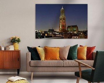 Stadtbild von Utrecht mit rotem und weißem Dom Tower, Foto 5 von Donker Utrecht