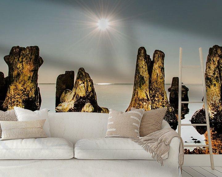 Sfeerimpressie behang: Windstil IJsselmeer van Harrie Muis