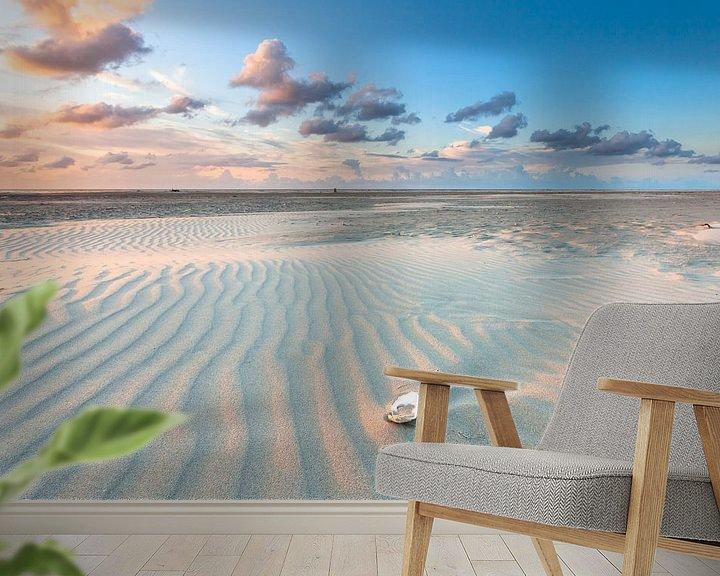 Sfeerimpressie behang: Avondlicht over het strand van Terschelling - Sunset at the beach Terschelling van Jurjen Veerman