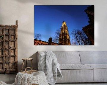 Domtoren in Utrecht gezien vanaf het Domplein van Donker Utrecht